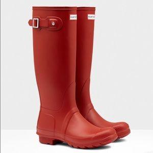 Hunter women's red tall original rain boots
