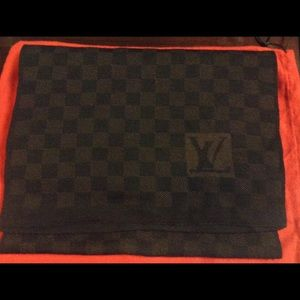 Louis Vuitton Other - Mens Louis Vuitton Damier Scarf