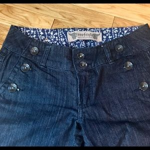 Freestyle Denim - Freestyle Juniors size 5/27 bell bottom jeans