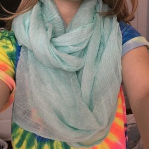 Other - Aqua infinity scarf