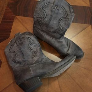 Studio Paolo Shoes - Cow Girl Boots