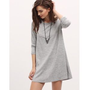 Long sleeve grey and black casual dress