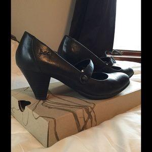 b.o.c. Shoes - Black Mary Jane heels