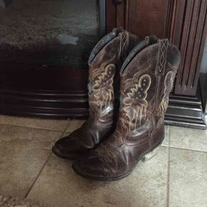 Laredo Shoes - Laredo cowgirl boots. Price firm