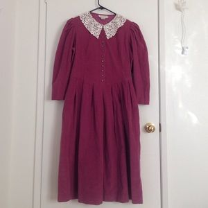 All Week Long Vintage lace collar Dress