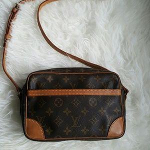 Louis Vuitton Handbags - LOUIS VUITTON Trocadero Bag
