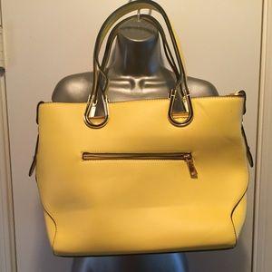Handbags - 🌼🌼PURSE/TOTE🌼🌼