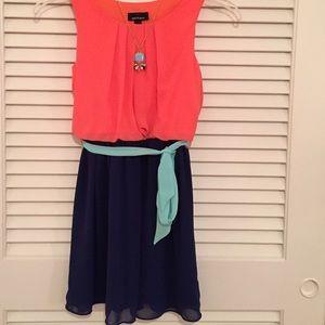 amy's closet Other - Beautiful girls dress sz 14 w/ matching necklace