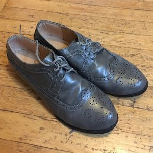 ollio Shoes - Ollio Grey wingtip oxfords, size 9