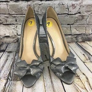Enzo Angiolini Eavenezia Open Toe Bow-Tie Gray 7M