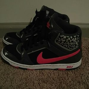 Nike Fashion Sneakers-Mint Condition