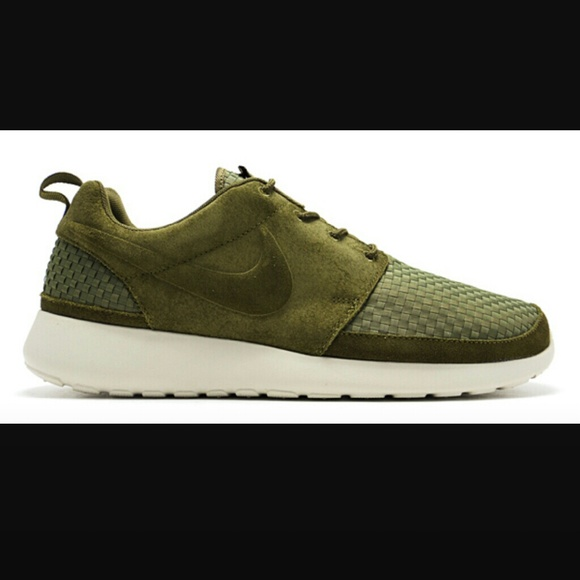 designer fashion 300e7 342f9 MENS Nike Roshe Run Woven Green Birch Iguana  M 586461888f0fc41a801e0e3b