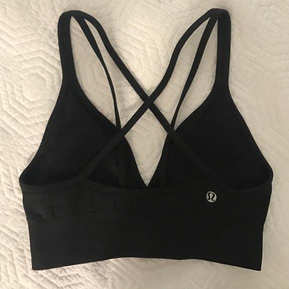 7af9ce91ce lululemon athletica Other - Lululemon athletica plunge sports bra size 8