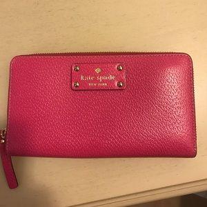 ♠️ Kate spade ♠️wellesley pink wallet