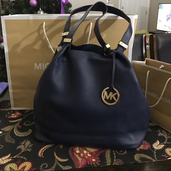 45c9c4491110d1 Michael Kors Bags   Mk Colgate Lg Grab Bag Nwt   Poshmark