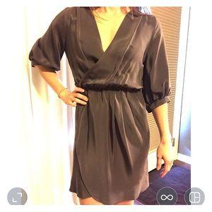 Amanda Uprichard Dresses & Skirts - Amanda Uprichard 100% silk tulip dress