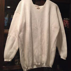 sisley Sweaters - Sisley white sweater🌺