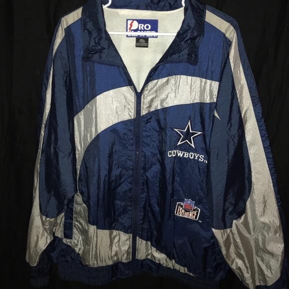 48702ecb8 SWEET Vintage Dallas Cowboys Pro Player Jacket NFL.  M 5886e31113302a2ee6039f8d