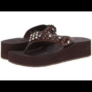 Gotta Flurt Shoes - Gorgeous jeweled flip flop sandals