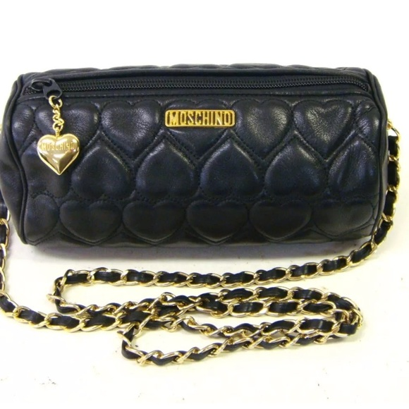 e6a4a574b17 Love Moschino Handbags - Auth Moschino chain strap quilted heart gold tone