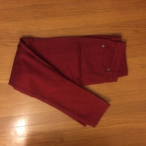 Uniqlo red skinny jeans NWT