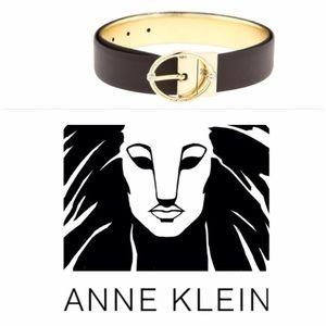 Anne Klein Accessories - 💙 Anne Klein Reversible Twist Belt Brown Gold