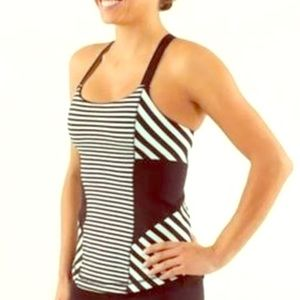 Lululemon mint green and black strappy tank.