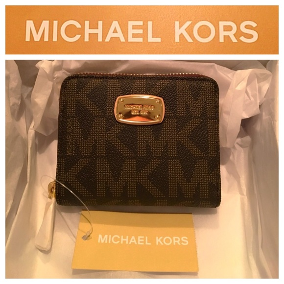 1a58669cea4b5e Michael Kors Bags | Flash Salebrand New Mk Brown Zip Bifold Wallet ...