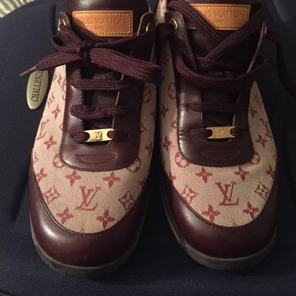 6702d01682 Authentic Women's Louis Vuitton monogram sneakers