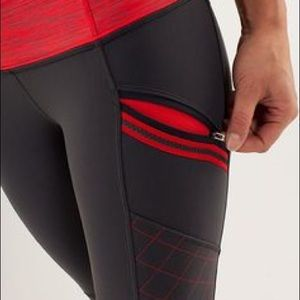 ISO -IN SEARCH OF- Toasty Tech Tights - Size 6