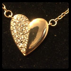 Accessory Collective Jewelry - Beautiful 14 ct gold dipped heart necklace