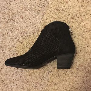 Black leather booties with snake texture
