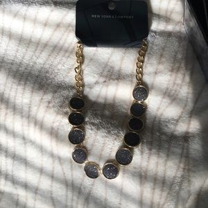New York & Company Jewelry - BRAND NEW! Gold and glitter statement necklace