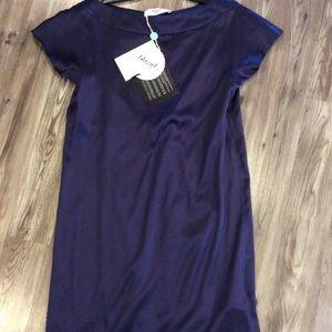 Blumarine Dresses & Skirts - Blu marine silk Bnwt dress navy