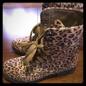 twisted Shoes - Leopard Combat Boots