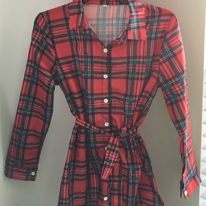 cdf5e152593 Dresses - 🎉HP 1 5 🎉❣ Red and green Plaid Dress