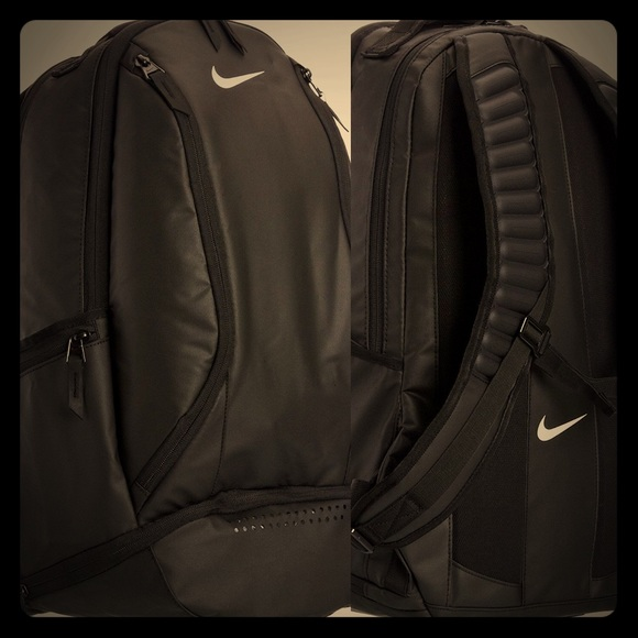 89ed2a74419 nike max air backpack size Sale