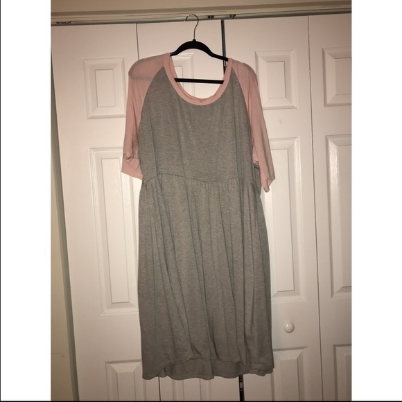 ***PLUS SIZE TORRID BABY DOLL DRESS**
