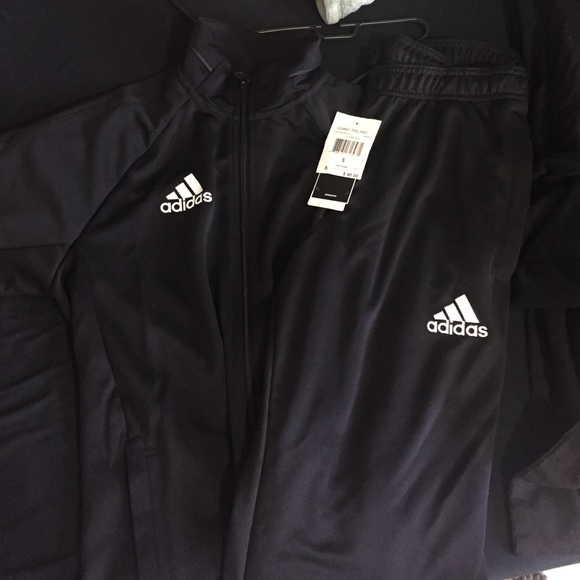 af2269e886cd Adidas outfit size S