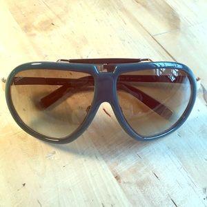 DSQUARED Accessories - Dsquared2 sunglasses 😎