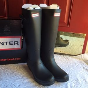New Authentic Hunter boots