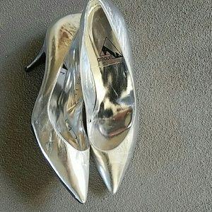 Beautiful Pepe Jimenez Leather Shoes NWOT