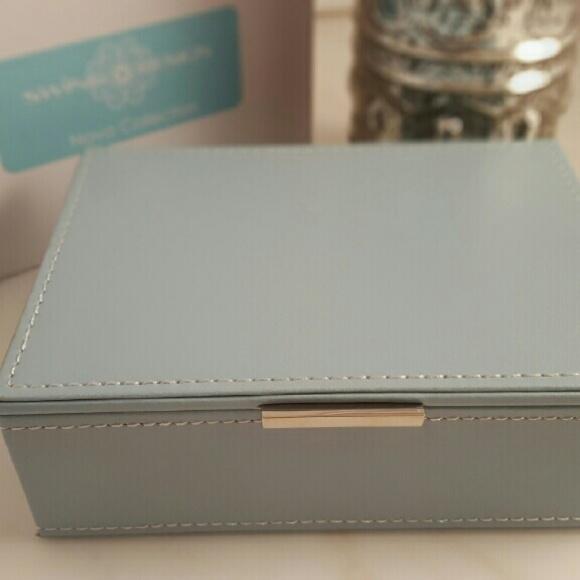 50 off Nova Swing Jewelry Tiffany Blue Leatherette Box Poshmark