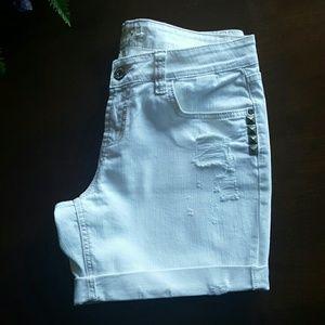 BONGO Pants - White Denim Distressed Jean Shorts