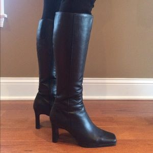 Lord & Taylor Heeled Black Leather Boots