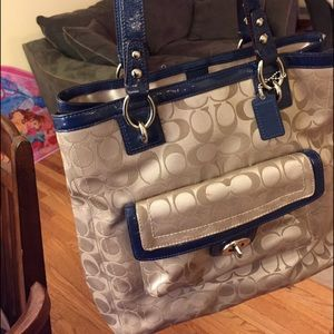 Handbags - Coach tote bag, great condition, holds so much!