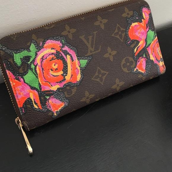 Louis Vuitton Handbags - Stephen Sprouse Roses Zippy Wallet 2f5120a50937