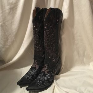 Sterling River Black Cowboy/Cowgirl boots!