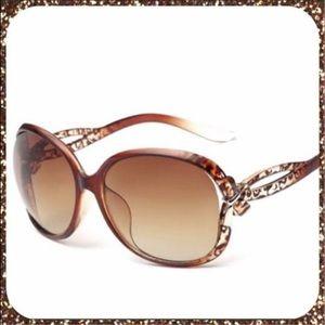 Accessories - 🎉HP🎉Restocked💥NWT Leopard Sunglasses