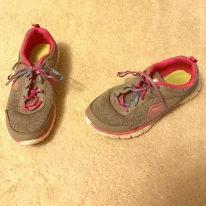 Skechers Other - Girls Skechers Sport shoes size 3.5